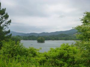 裏磐梯の湖